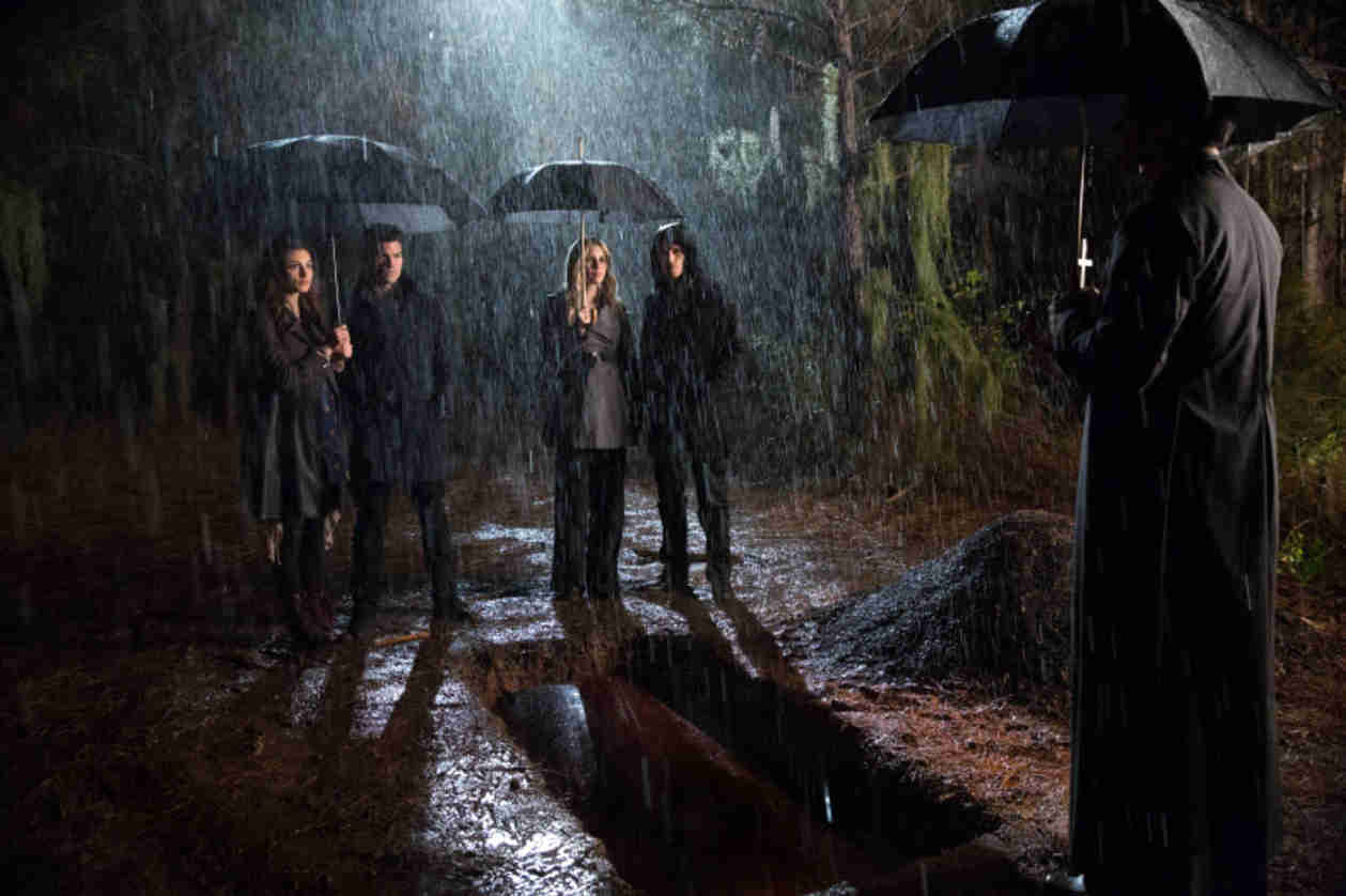 "The Originals Promo: Season 1, Episode 12 — ""Dance Back from the Grave"" (VIDEO)"