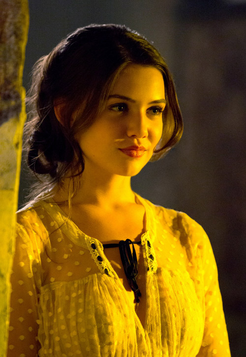 The Originals Burning Question: Will Davina Die to Complete the Harvest?