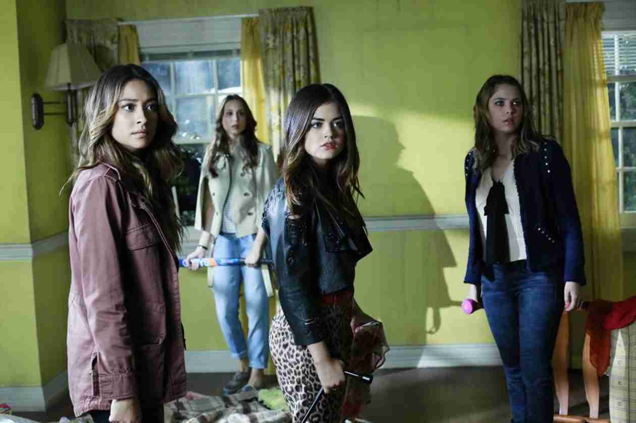 Pretty Little Liars Burning Question: Is Ali Tricking the Liars?