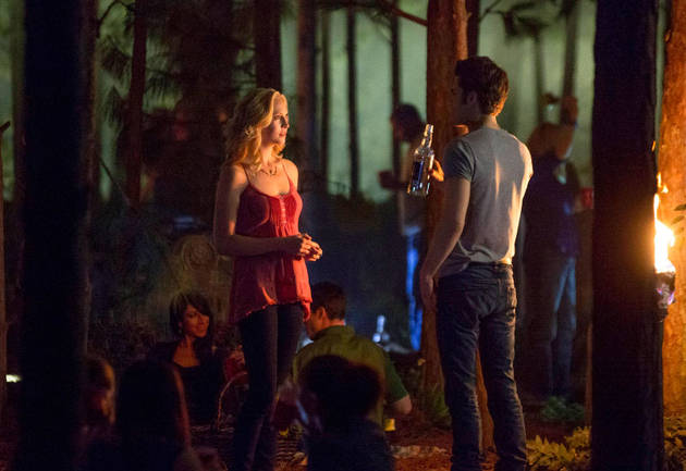 The Vampire Diaries Burning Question: Does Caroline Hook Up With Klaus in the 100th Episode?