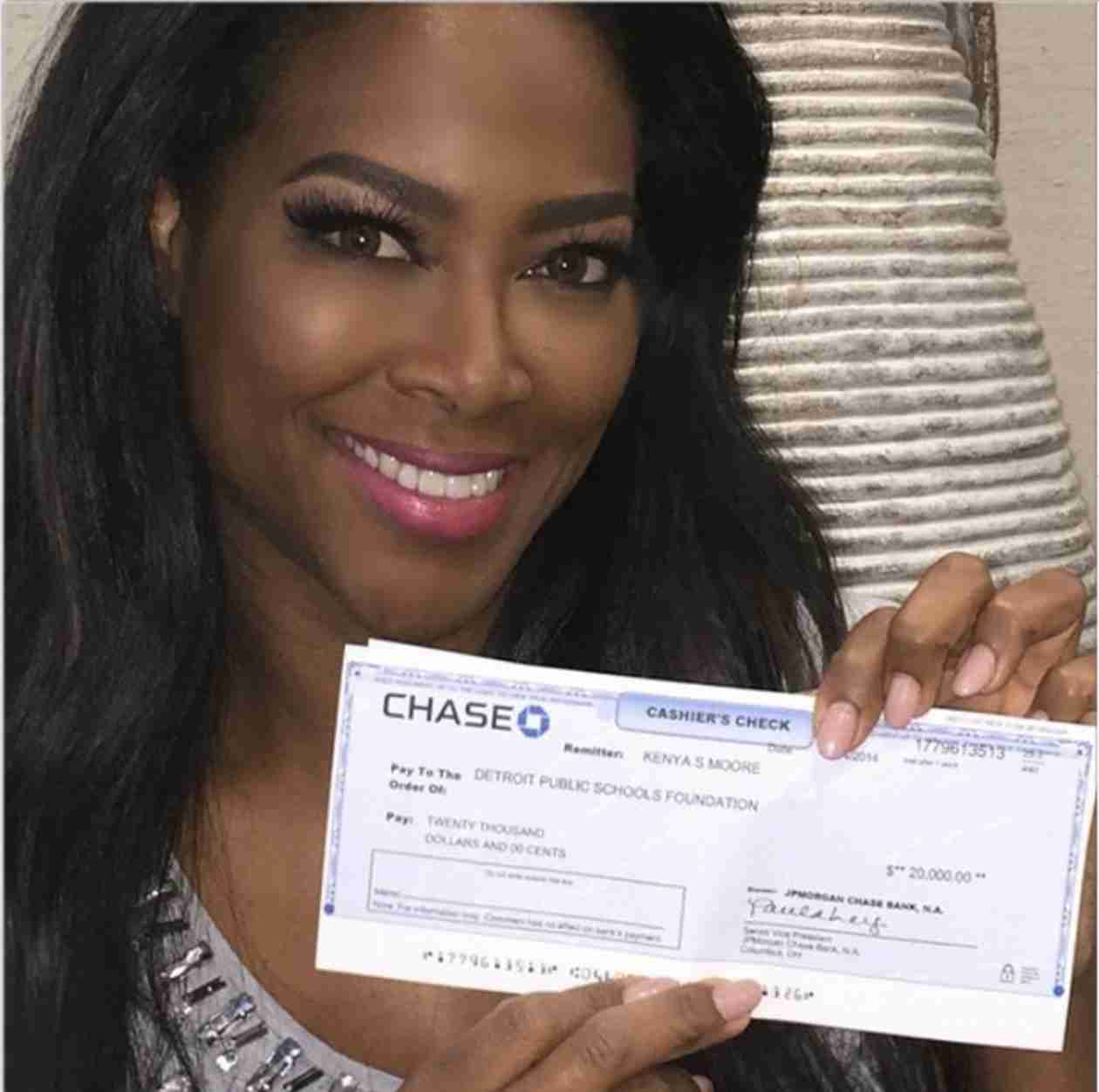 Kenya Moore Proves She Donated to Detroit Public Schools With $20K Check (PHOTO)