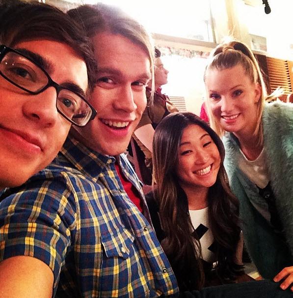 Glee Season 5 Spoiler: Which Seniors Move Permanently to NYC?