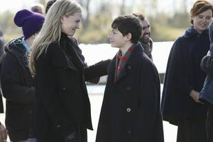 "Once Upon a Time Synopsis: Season 3, Episode 12 — ""New York City Serenade"""