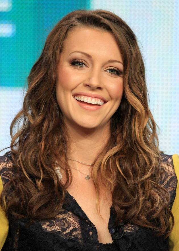 Which Teen Heartthrob Wrote a Song for Arrow's Katie Cassidy?