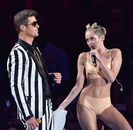 Miley Cyrus and Robin Thicke Avoid Each Other in Public Now — Awkward!