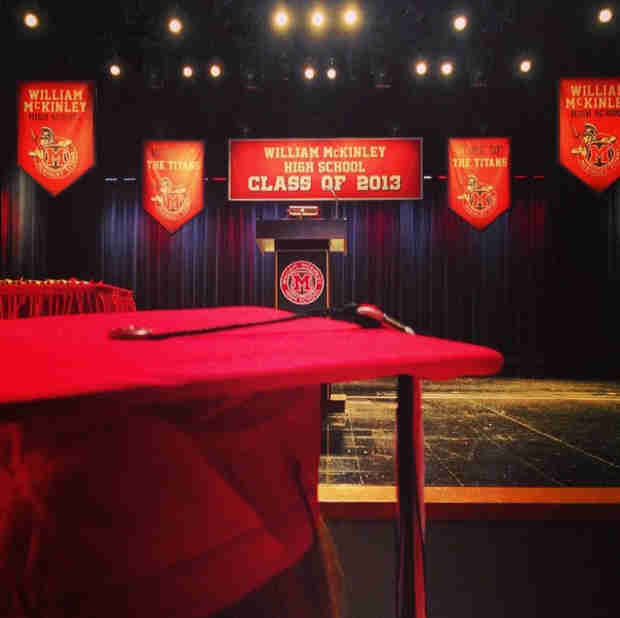 Glee Spoilers: First Look at Graduation — Goodbye, Ohio! (PHOTOS)
