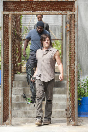 The Walking Dead Season 4: Daryl Dixon Will Struggle With His Identity Without Team Prison