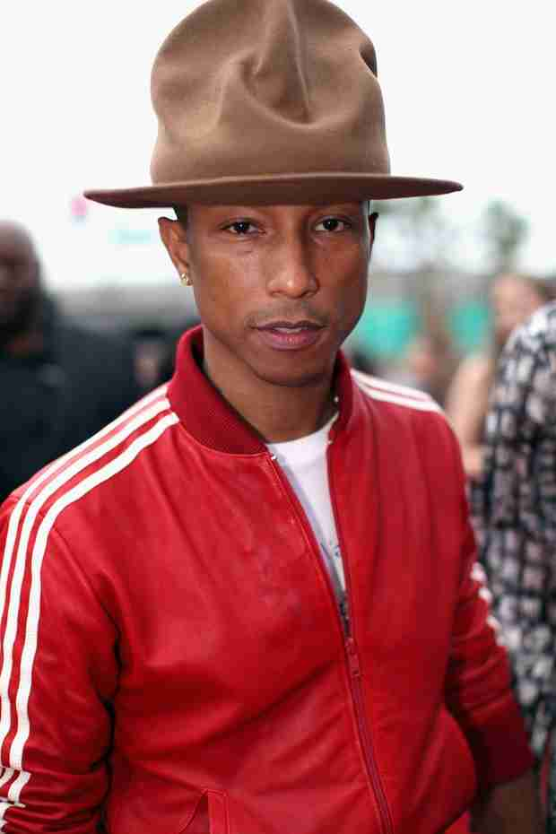 Pharrell Is Auctioning Off His Grammys Hat For HOW Much?