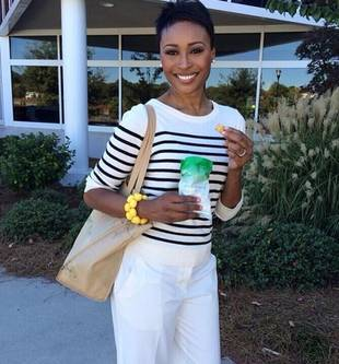 See Inside Cynthia Bailey's Supermodel Closet, Get Fashion Tips From the Pro! (VIDEO)
