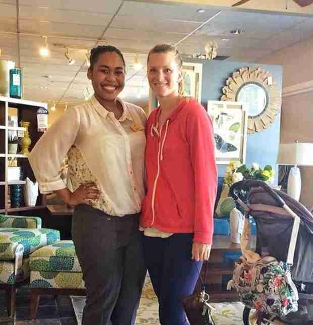 Heather Morris Goes Shopping With Baby Elijah (PHOTO)