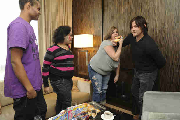 The Walking Dead Fans Get Morning Surprise From Norman Reedus (PHOTOS)