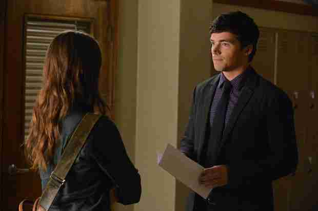 "Pretty Little Liars Recap: Season 4, Episode 20 — ""Free Fall"""
