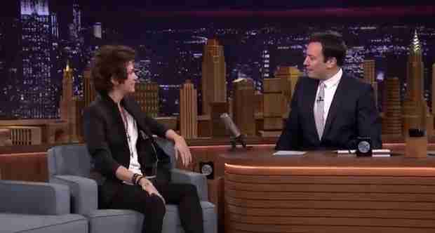 Kirsten Wiig Appears on The Tonight Show with Jimmy Fallon as Harry Styles (VIDEO)