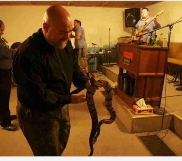 Snake Salvation Star Jamie Coots Dies From Venomous Snake Bite