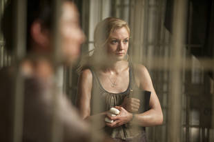 """The Walking Dead Season 4: Beth Will Be """"Caught in the Crossfire"""" of Daryl's Existential Crisis"""