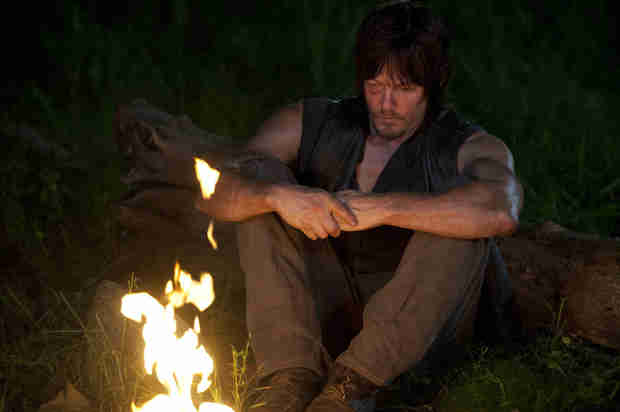 "The Walking Dead Season 4: Daryl ""Absolutely Devastated,"" Questions Whether or Not to Go On (VIDEO)"