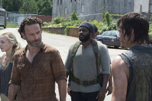 "The Walking Dead Season 4: Post-Prison the ""Family Is Dying"""