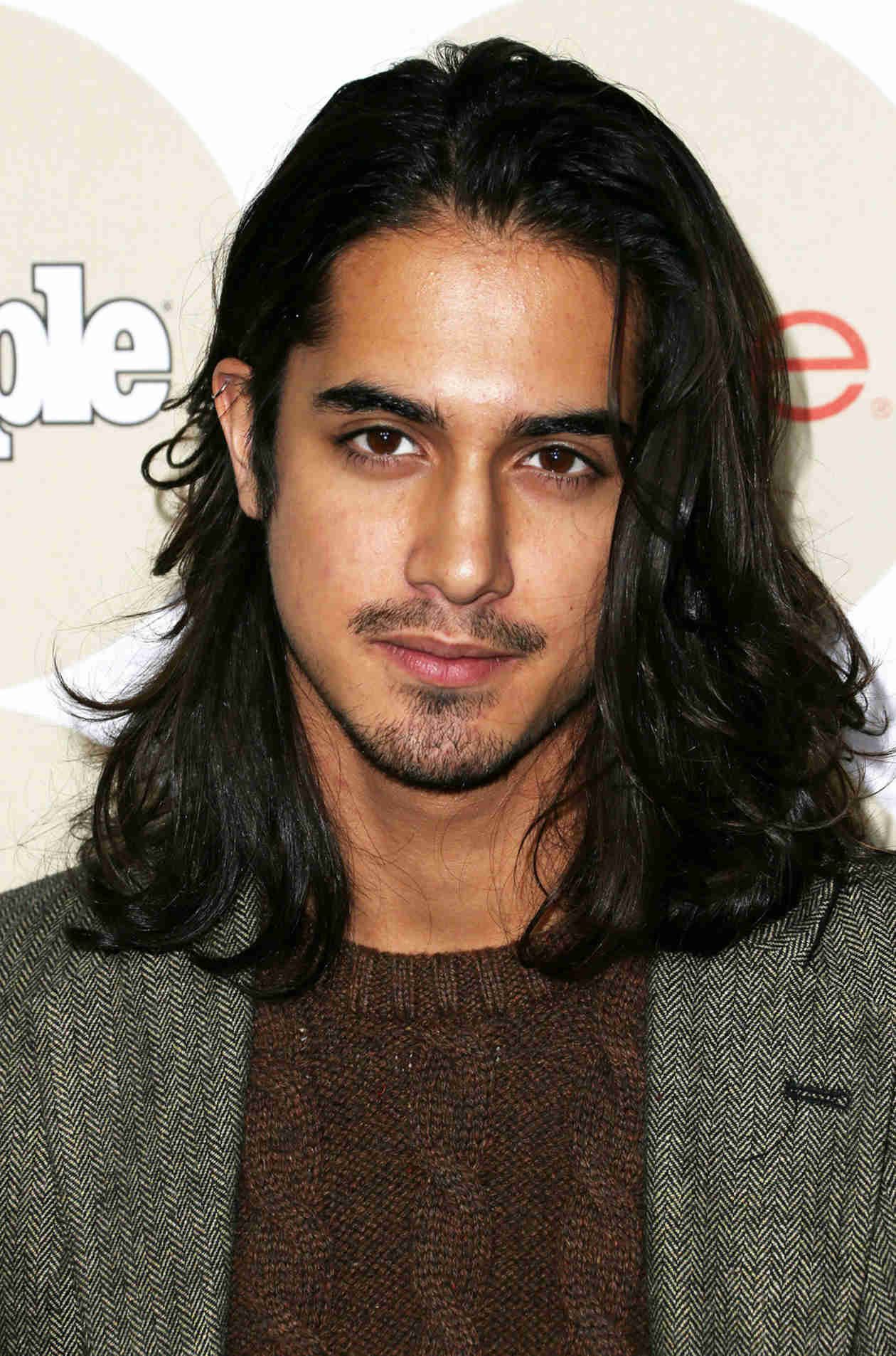 Does Twisted Star Avan Jogia Have a Girlfriend?