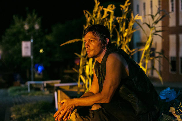 "The Walking Dead Season 4 Spoilers: Daryl's Life Has Been ""Ripped Apart"", He Must Cope With ""Twin Tragedies"""