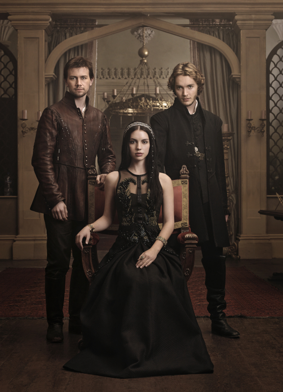 """Reign Spoilers: Two People Kidnapped in """"Royal Blood"""" — But Who?"""