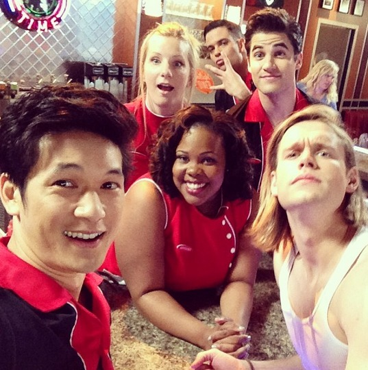 Glee Spoiler: Guess Who Gets a Haircut (PHOTO)
