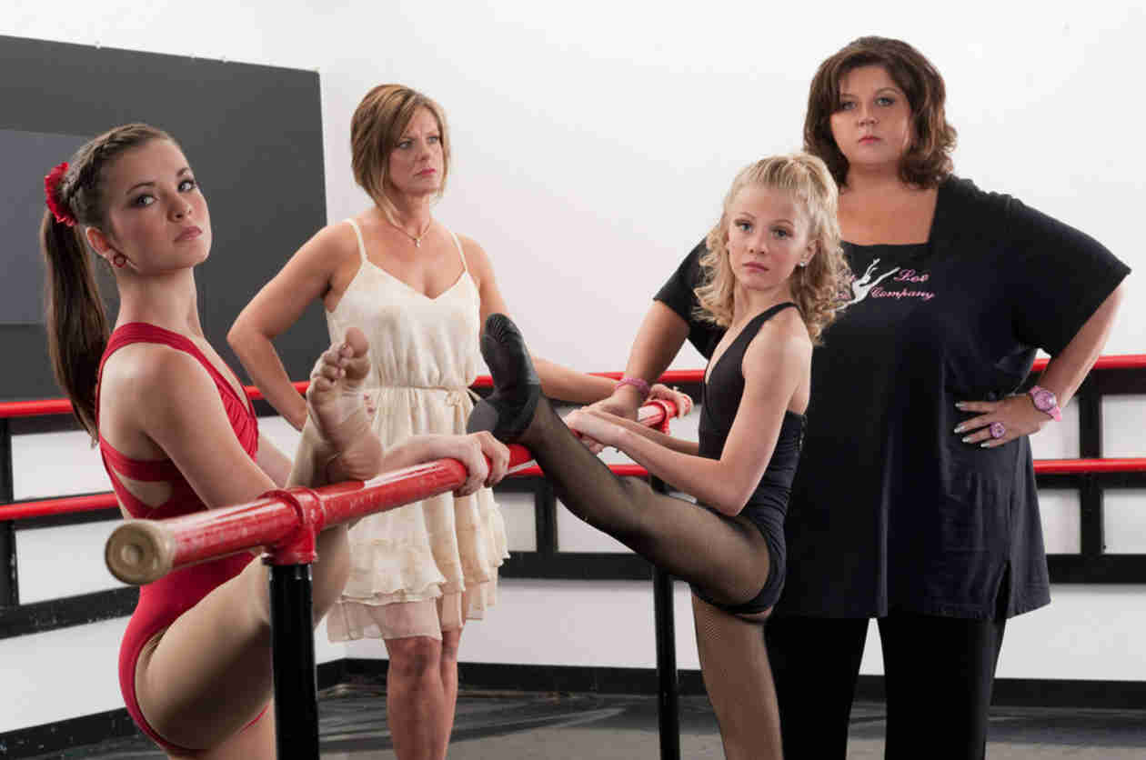 Watch the Epic Dance Moms Cat Fight in a New Sneak Peek! (VIDEO)
