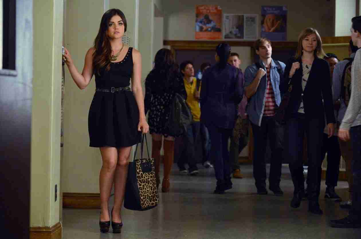 Pretty Little Liars Spoilers: Will Aria Choose Ezra Over Spencer?