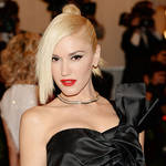"Gwen Stefani Criticized For Calling Her 1983 Self ""Chunky"" on Twitter (PHOTO)"