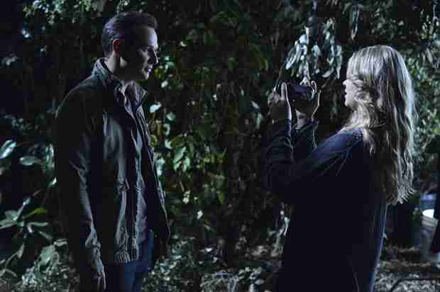 Pretty Little Liars Season 4 Finale: What Happened Between Ali and Ian the Night She Disappeared?