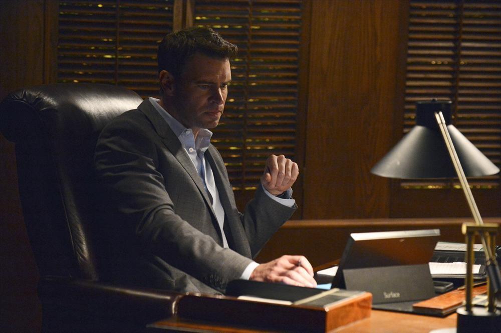 Scandal Season 3 Twist: Who Got Shot?