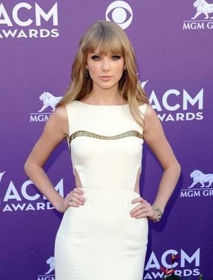 """Taylor Swift on Her Home Base: """"I Would Never Leave Nashville"""""""