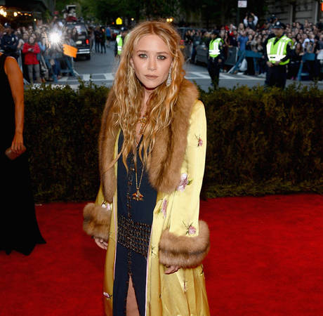 Mary-Kate Olsen and Fiance Olivier Sarkozy Trying For Their First Child — Report