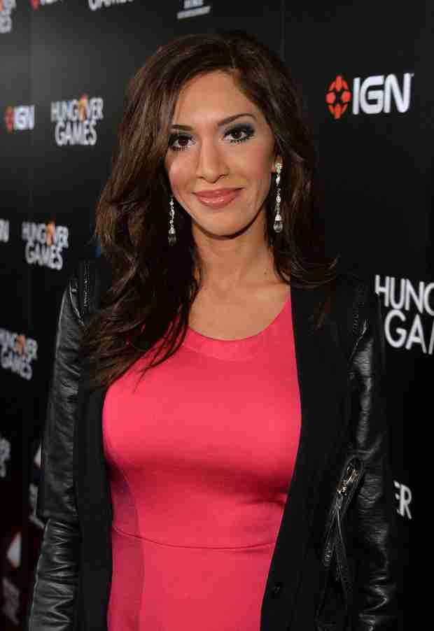 """Farrah Abraham Drops New Single """"Blowin'"""" — See the Official Music Video! (VIDEO)"""