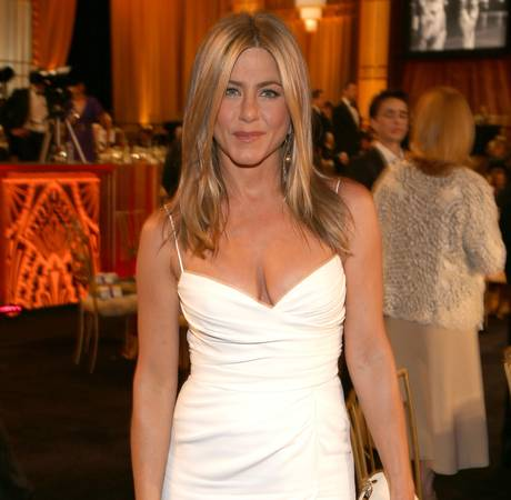 Jennifer Aniston: I Wish I Had Gisele Bundchen's Body (VIDEO)