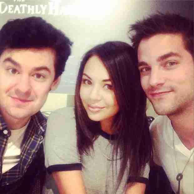 Pretty Little Liars Cast Stars Season 5 Production — Lucas, Noel Kahn, and Mona?! (PHOTO)