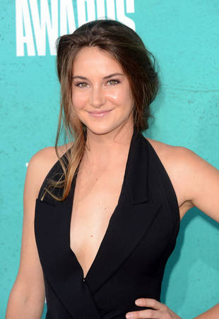 "Divergent's Shailene Woodley on George Clooney: ""He's Like My Second Dad"""