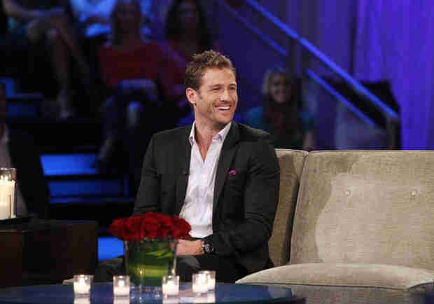Bachelor Juan Pablo Galavis Still Lives at Home With His Parents — Report