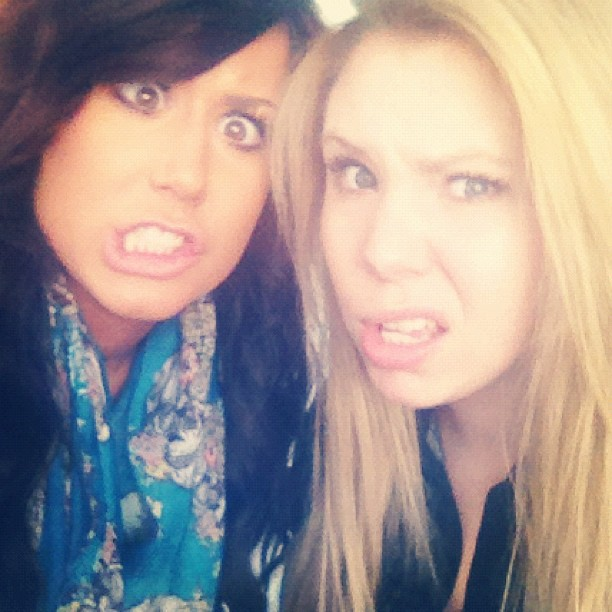 Chelsea Houska Shows Public Support for Her BFF Kailyn Lowry!
