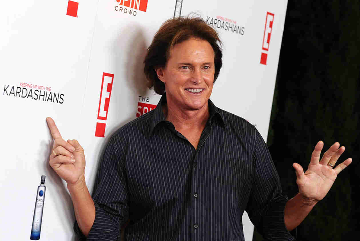 Bruce Jenner Will Not Compete on Dancing With The Stars 2014 — UPDATE