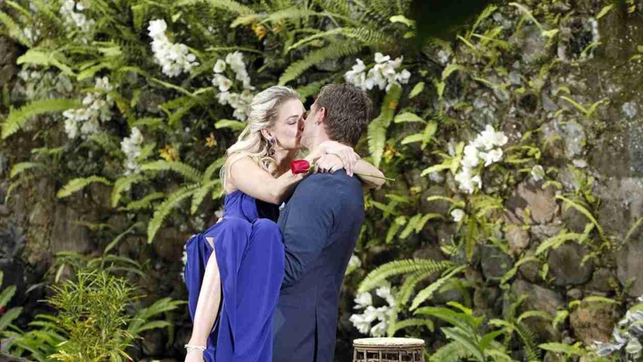 Juan Pablo Galavis and Nikki Ferrell Make Debut — Bachelor Nation Reacts!
