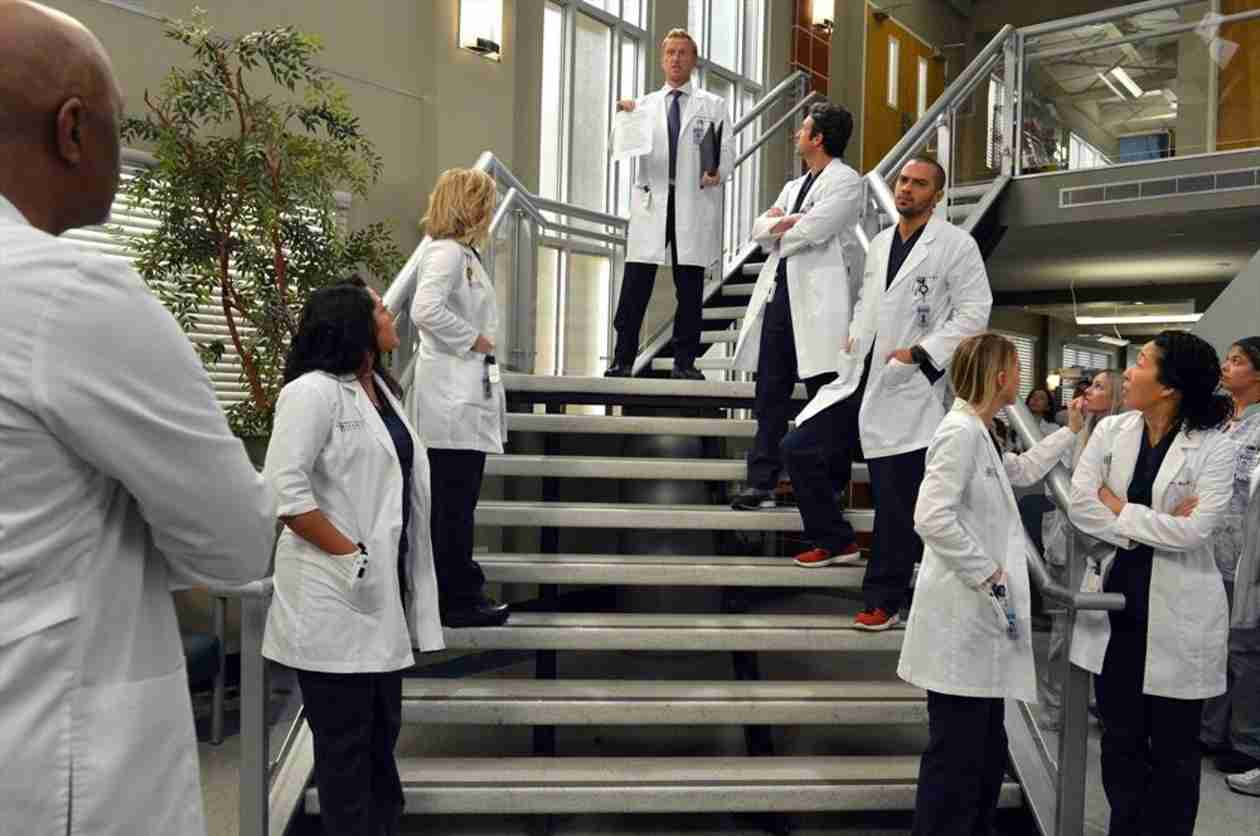 """Grey's Anatomy Season 10, Episode 14: What to Expect From """"You've Got to Hide Your Love Away"""""""