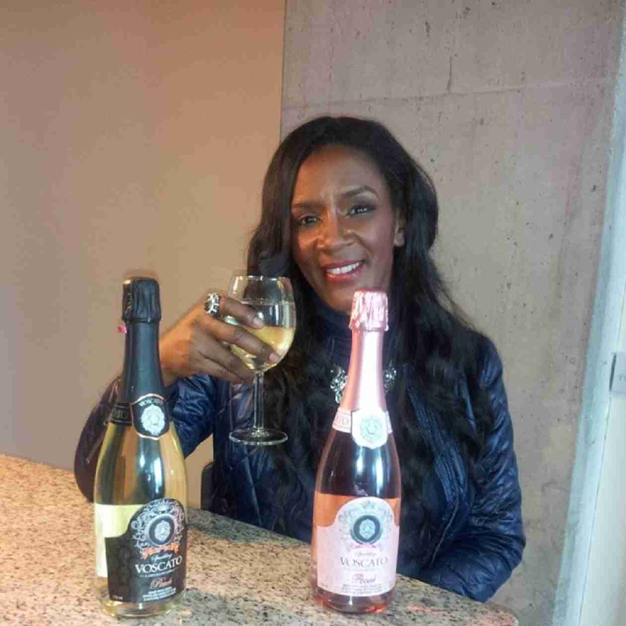 Momma Dee Is Publishing a Book and Releasing a Single! (PHOTOS)