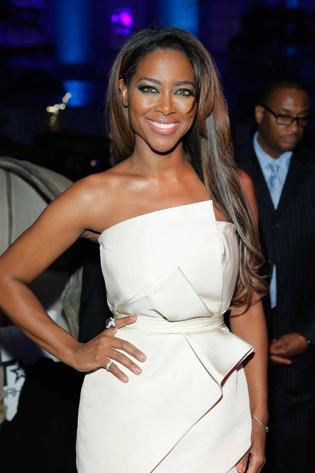 Kenya Moore Shows Off Her Real Hair — Love It or Leave It? (PHOTO)