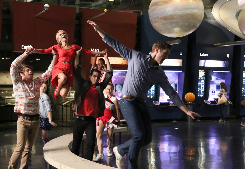 """Watch All the Performances: Everyone Says Goodbye to the Glee Club in """"New Directions"""" (VIDEOS)"""