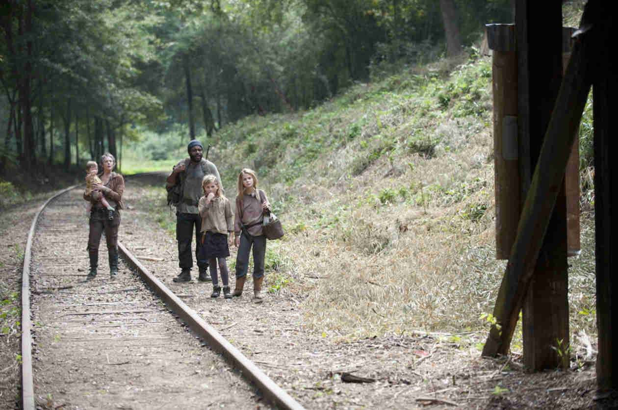 """The Walking Dead Season 4: """"Great Episode"""" Coming For Tyreese, Carol, Lizzie, Mika, Judith"""