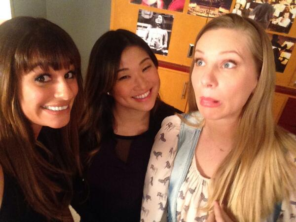 Glee's [Spoiler] Inherits TONS of Money in the 100th Episode!