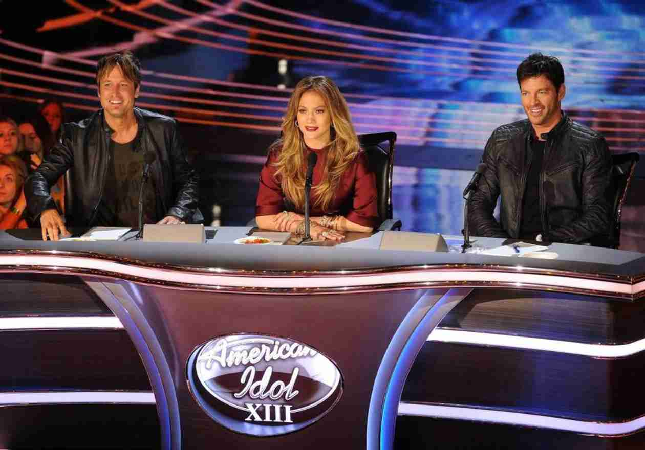 American Idol or The Voice? Pick a Favorite in the Viggle Minute (VIDEO)