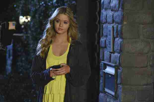Pretty Little Liars Burning Question: How Will Ali Adjust to Rosewood?