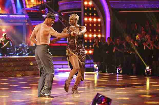 NeNe Leakes Cries After DWTS Latin Night, Reveals Her Pick to Win (VIDEO)