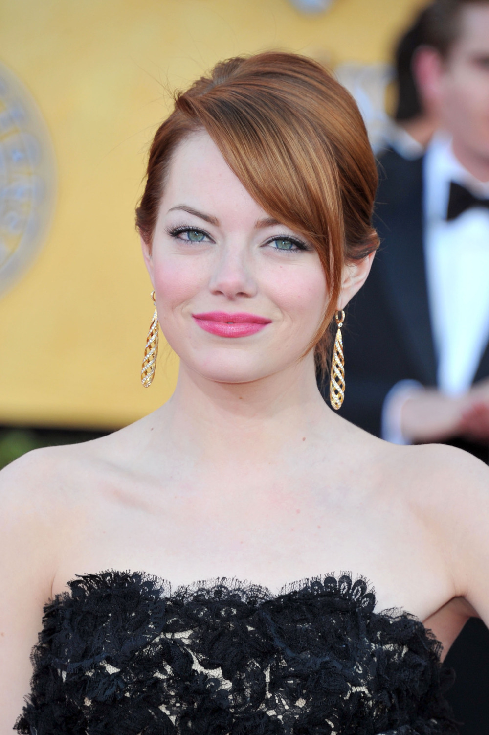 Watch Emma Stone Do Magic in Preparation For a Role (VIDEO)